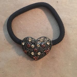 Accessories - Hair elastic with heart